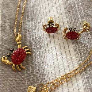 Crab mismatched earrings and necklace set